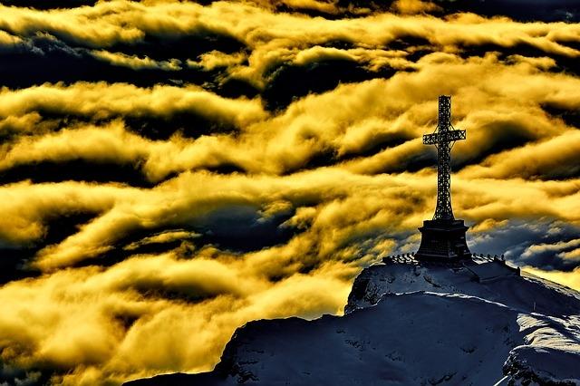 Kreuz Wolken